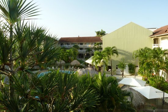 Hotel La Pagerie: Vue du balcon de la chambre 541