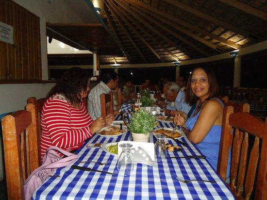 Hotel Playazul : Área de comedor