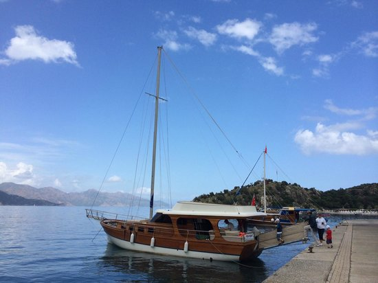 """Ago Travel Day Tours: Ago travels definition of a """"gulet sailing"""" expereince. (Without sails)"""