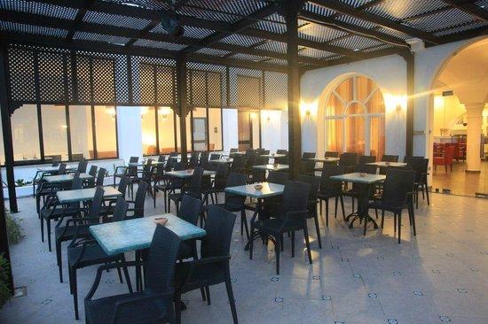 Hotel Menara: terrasse