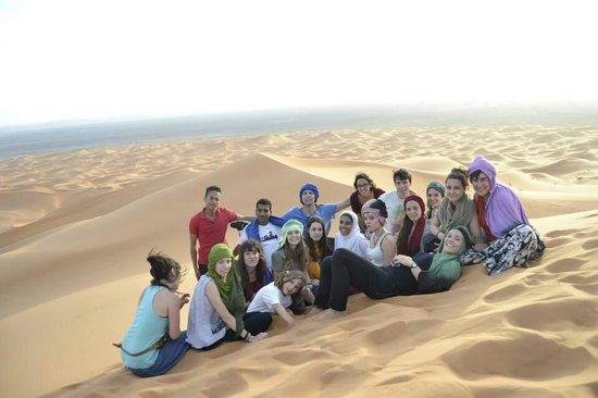 Moda Camp Merzouga : Desfrutando a maruecous con moroccojourneytours
