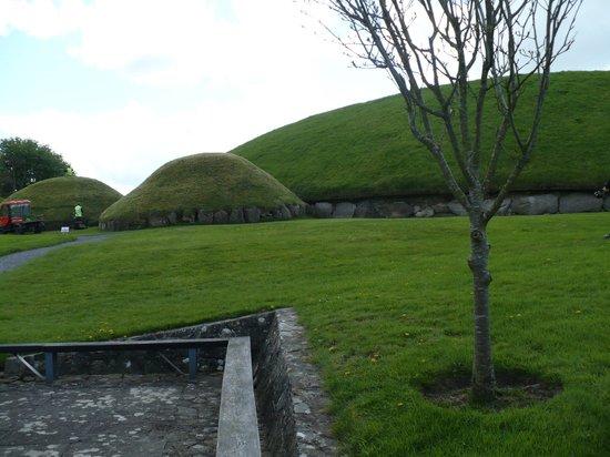Bru na Boinne: Tumuli di Knowth