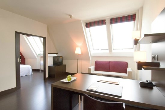 NH Wien City: Standard room