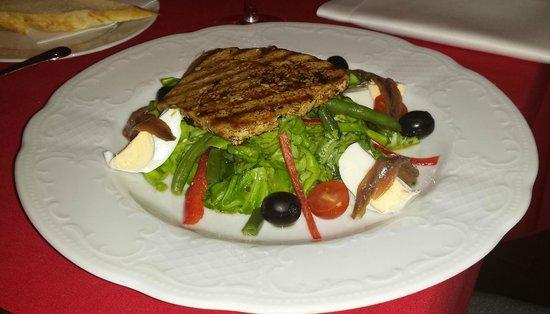 Le Rouge - brasserie & cafe : Salade