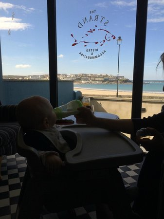The Strand Seafood Bistro and Guesthouse: A great view