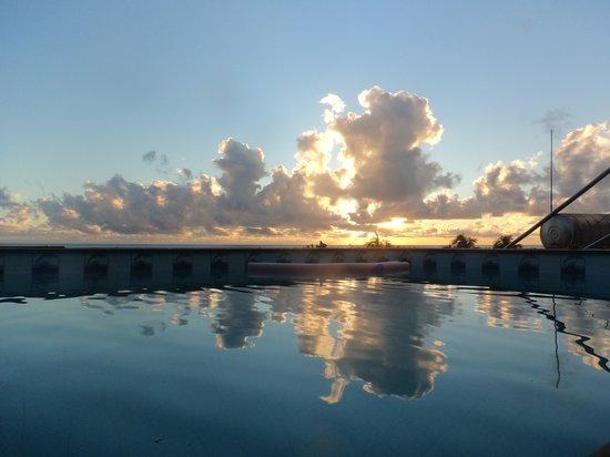 Hotel Pousada Ilha da Saudade: Vista da piscina