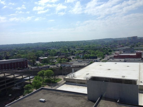 Crowne Plaza Dayton: Another view from the top floor restaurant