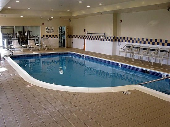 hilton garden springfield ma indoor pool picture of. Black Bedroom Furniture Sets. Home Design Ideas
