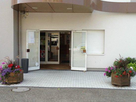 Ibis Budget Strasbourg Sud Illkirch Geispolsheim : Entrée de l'hôtel