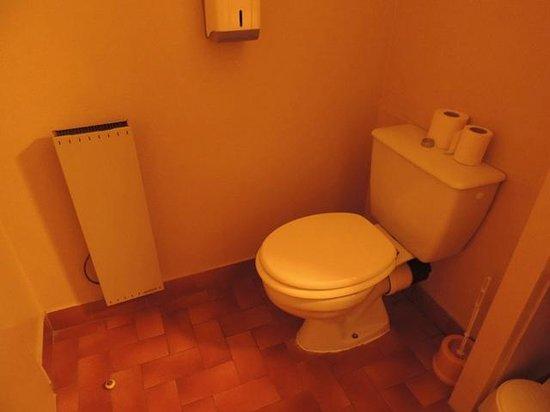Hotel des Dunes : WC salle de bain
