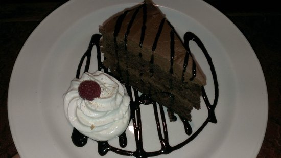 3 Tuns Coaching Inn: My daughters dessert