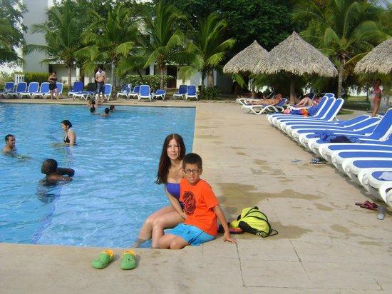 Hotel Playa Blanca Beach Resort : YO EN UNA DELAS PISCINAS