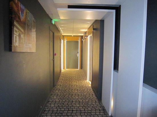 Hotel Ambre: 廊下