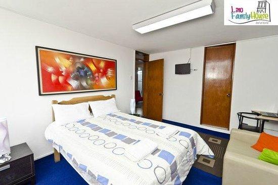 Lino Family House: habitacion Privada con baño