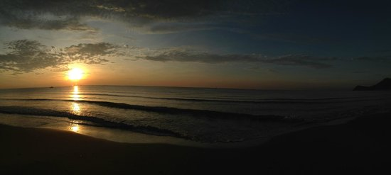 Aleenta Hua Hin Resort & Spa : sunrise