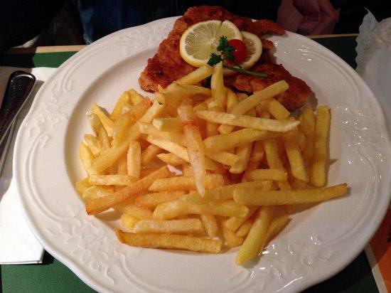Haxnbauer : escalope viennose du menu enfant