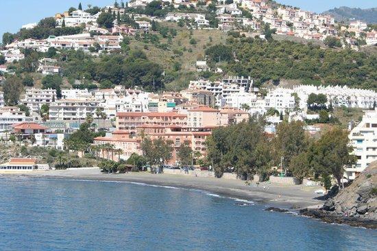 HOTEL BAHIA TROPICAL: Depuis le Parc Mediterraneo vue de l'Hôtel