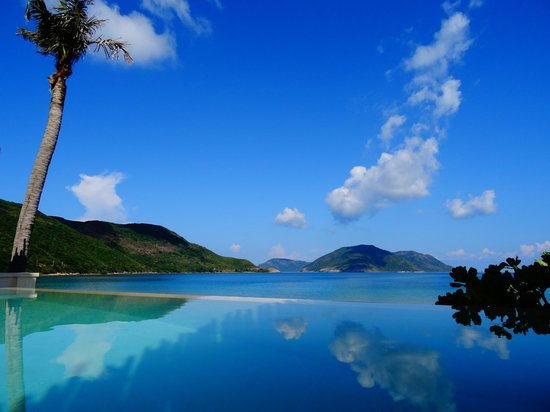 Six Senses Con Dao: The view from our infinity pool...