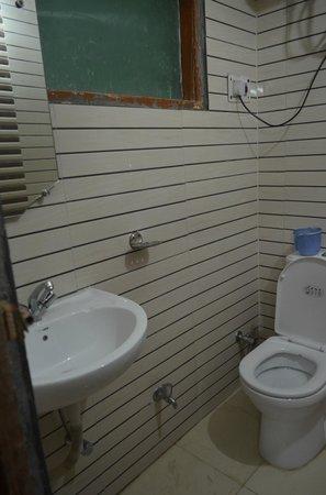 Hotel Star Paradise : Bathroom