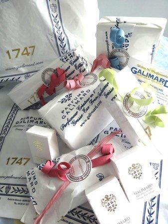 Parfumerie Fragonard - L'Usine laboratoire: eaux de parfum !