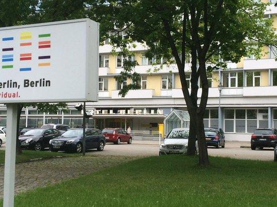 Hotel Berlin, Berlin: Berlin Berlin Hotel. Parking