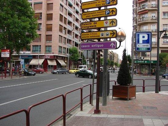 Calfred : Entrada al parking