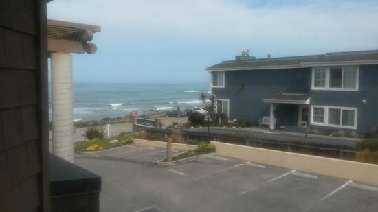 Moonstone Landing: Slice of ocean view from our room