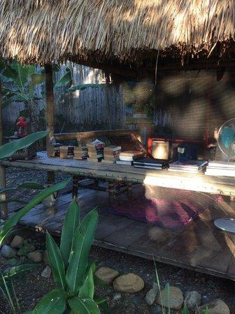 Subli Guest Cabins: reading area