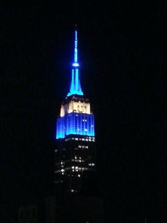 Candlewood Suites New York City Times Square: Vista de noche desde la habitación