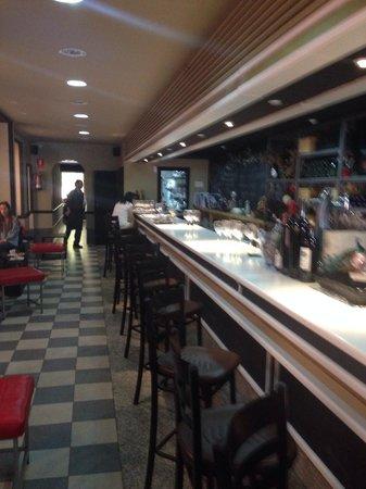 Restaurante Tres Bocas: Un lugar muy agradable y en buen sitio, con variedad de platos