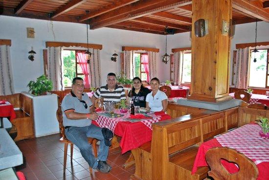 los heroes: restaurant