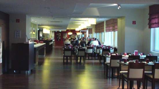 Leonardo Hotel Berlin : Speisesaal