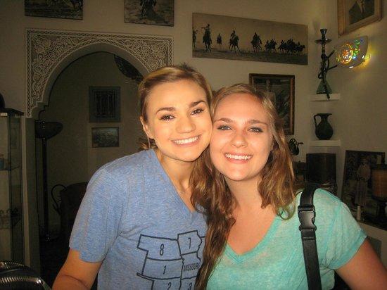 Riad Noos Noos : Kaitlyn & Isabel
