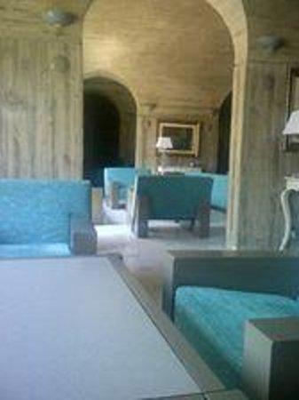 Ambrosia Hotel: reception area