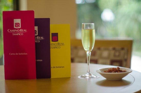 Camino Real: Disfruta tu bebida favorita desde nuestro Bar