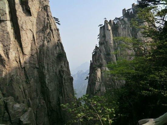 Shixin Peak: 始信峰のあたりからの眺め