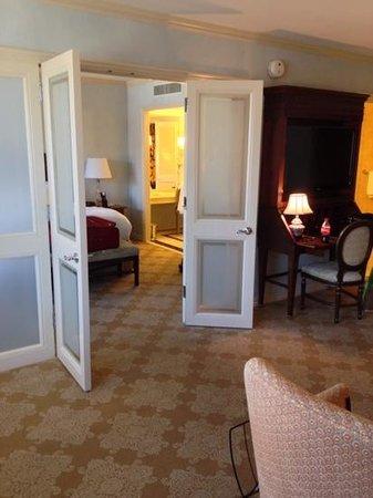 Windsor Court Hotel: through bedroom doors to dressing room