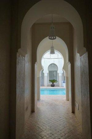 Riad Nashira & Spa: Hotel pool