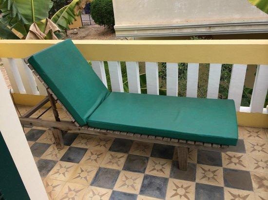 Rambutan Hotel Siem Reap: Lounge chair