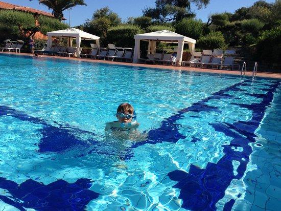Hotel Club Saraceno: piscine