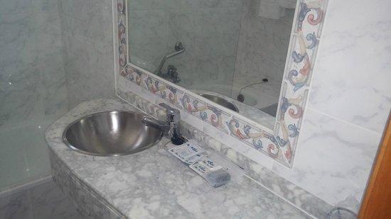 Hotel Corregidor: lavamanos