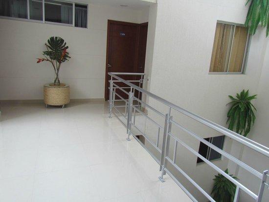 Hotel Elite Tequendama: PASILLOS DEL HOTEL