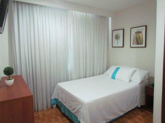 Hotel Elite Tequendama: HABITACIÓN SENCILLA