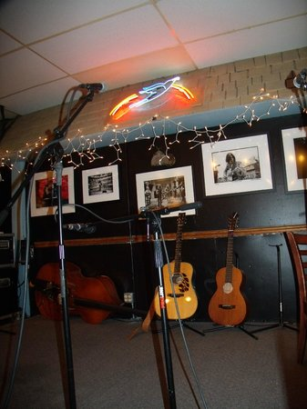 Bluebird Cafe: Table #7, right at the stage