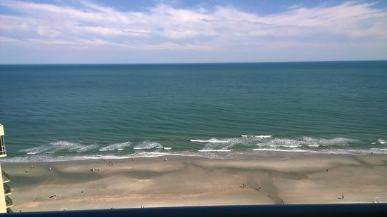 Royale Palms Condominiums by Hilton: View from ocean front