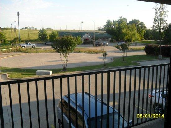BEST WESTERN Hammond Inn & Suites: View from my room