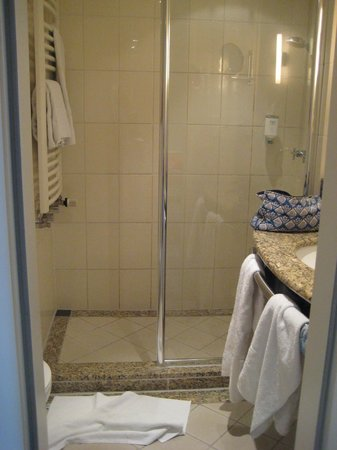 NH Potsdam : La salle de bains