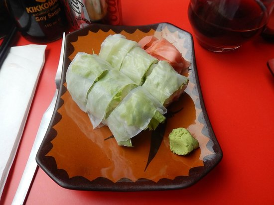 Table Rouge Rennes Printemps Rolls Saumon Fromage Bild Von Table Rouge Rennes Tripadvisor