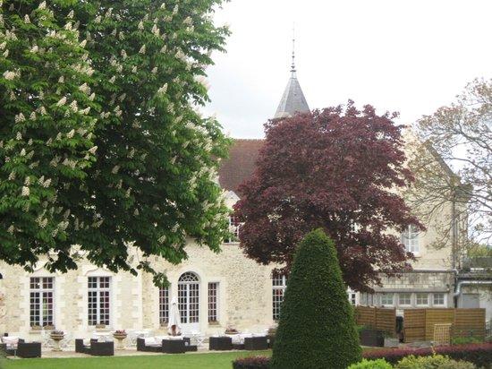 Restaurant du Chateau De Fere: il parco