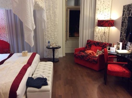 IBEROSTAR Grand Hotel Budapest : The Bedroom